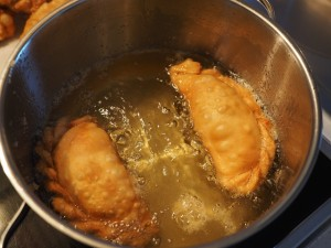 deep frying in a pressure cooker